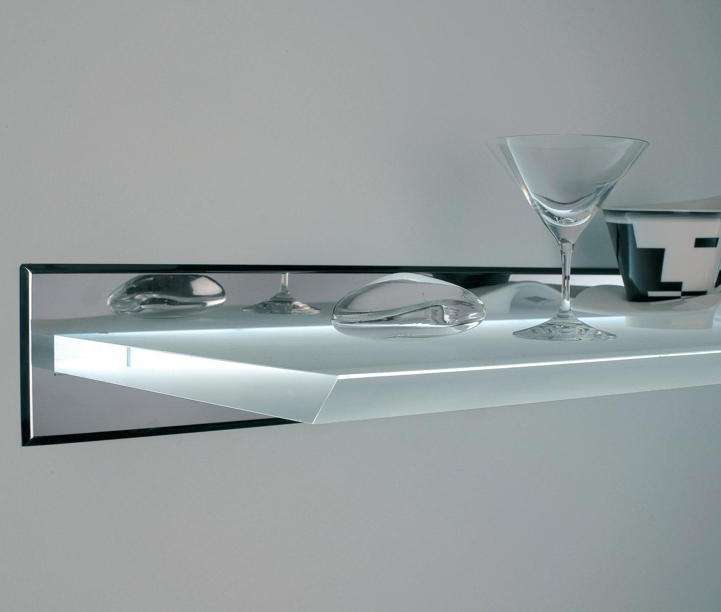 Forum illuminazione cucina in mansarda for Mensola sopra il letto